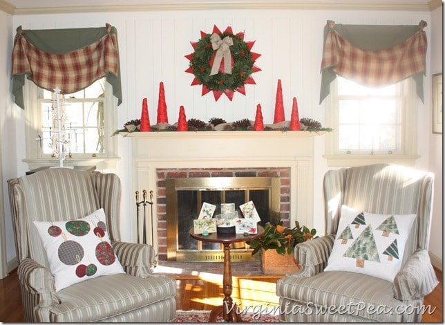 Christmas Pillows in Living Room