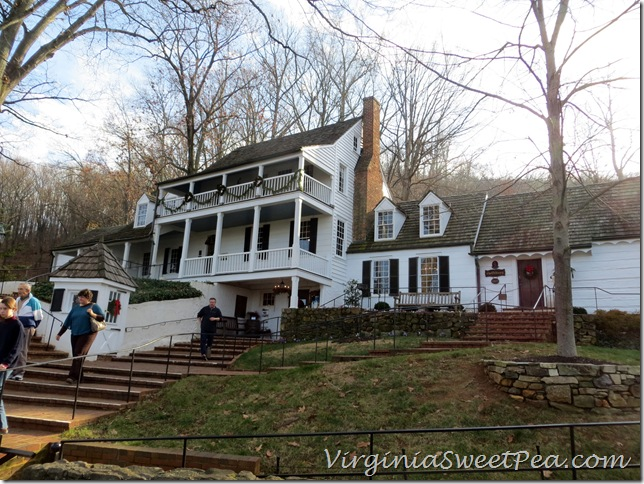 Historic Michie Tavern in Charlottesville VA