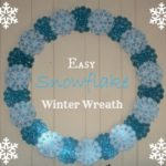 How to Make an Easy Winter Snowflake Wreath