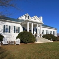 Touring Pharsalia (A Historic 1814 Mansion)