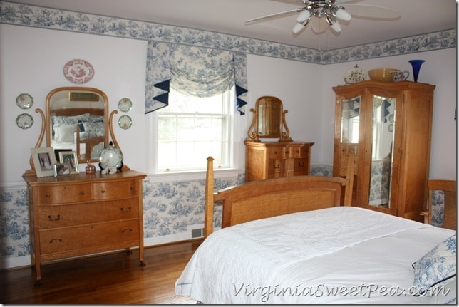 Toile Bedroom with Antique Birds Eye Maple Furniture