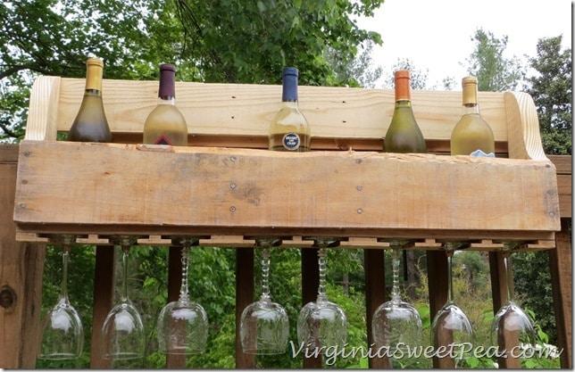 Pallet Wine Rack DIY