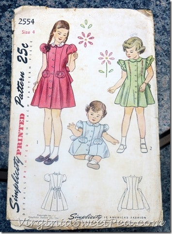 Vintage Sewing Pattern for Child Dresses