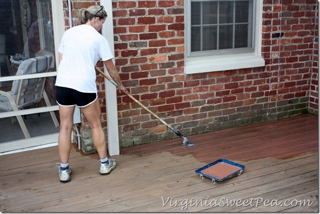 Deck Pro Stain Applicator Using