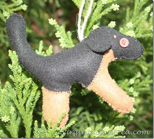 Dog Felt Animal Ornament