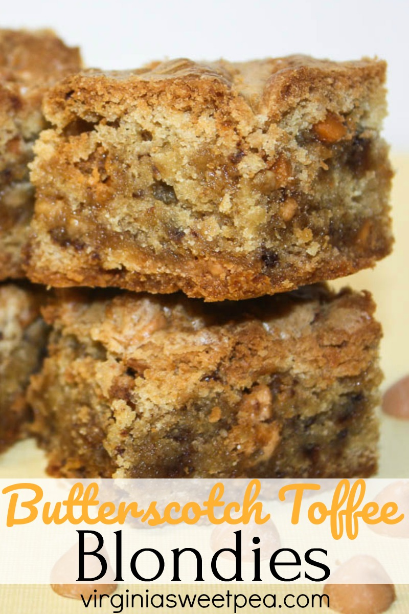 Butterscotch Toffee Blondies - Butterscotch with toffee makes these cookie bars melt in your mouth good!  #cookierecipe #barcookie #barcookierecipe #butterscotch #toffee via @spaula