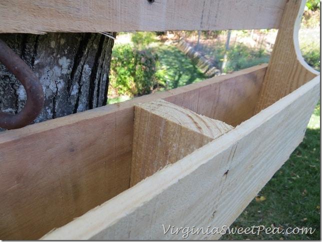 Rough wood on Pallet Wine Rack