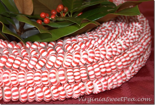 Peppermint Wreath Detail