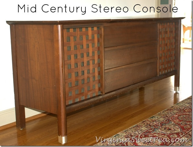 Mid Century Modern Stereo Console from Montgomery Ward by virginiasweetpea.com