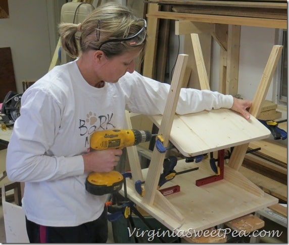 Attaching Shelves to legs