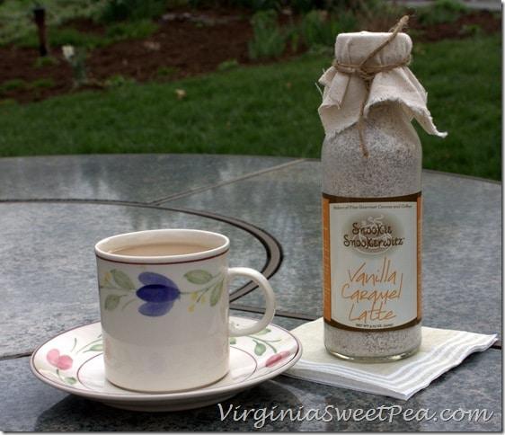 Snookie Snookerwitz Vanilla Caramel Latte
