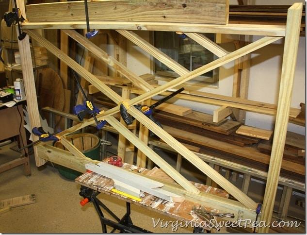 Building Chippendale Railings