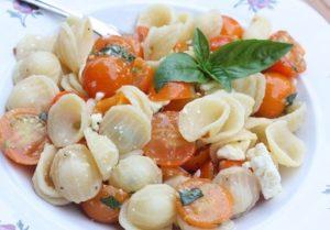 Easy Cherry Tomato Pasta Sauce (No Cook!)