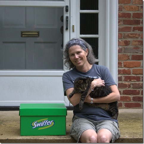 Swiffer - Suzanne and Edna - #SwifferEffect #BigGreenBox