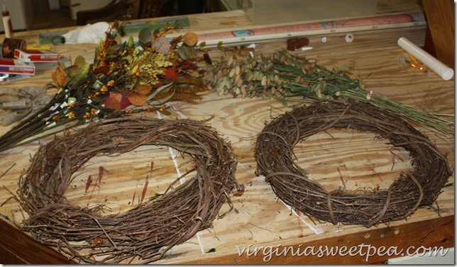 Wreath How To by virginiasweetpea.com