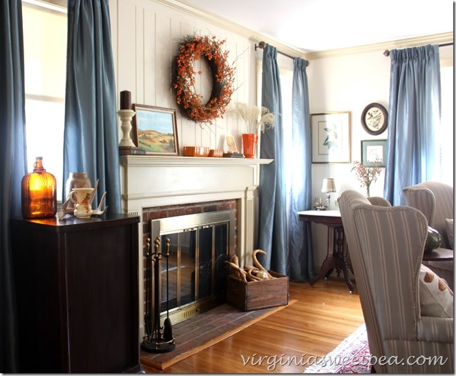 Fall in the Living Room by virginiasweetpea.com