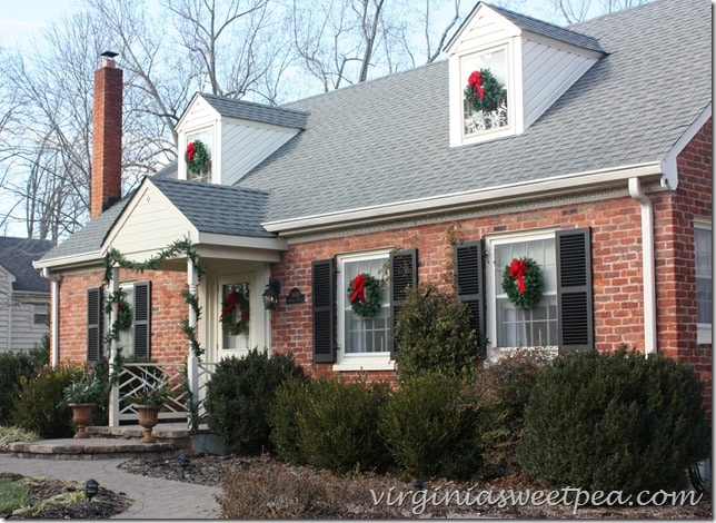 Christmas Curb Appeal - Outside During the Day