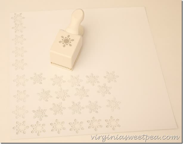 How to Make a Sparkly Snowflake
