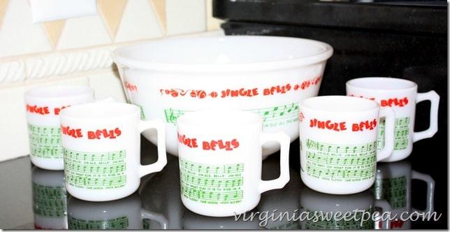 Jingle Bells Vintage Punch Set by virginiasweetpea.com