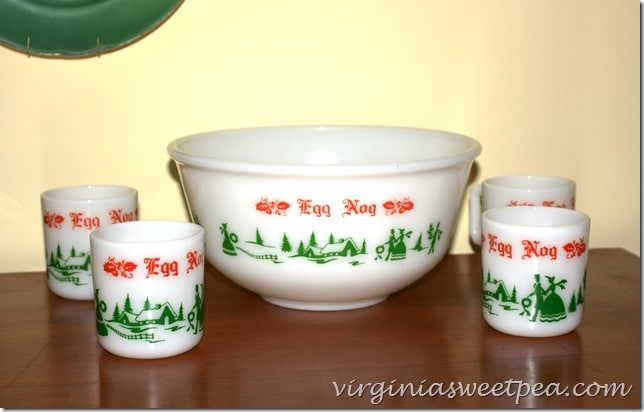 Vintage Christmas Punch Bowl by virginiasweetpea.com