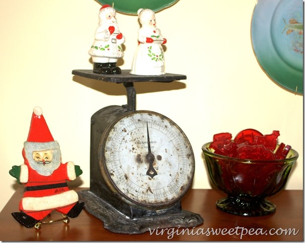 Vintage Scale Decorated for Christmas by virginiasweetpea.com #vintagechristmas