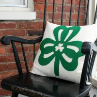 Easy St. Patrick's Day Pillow
