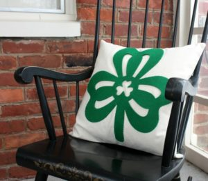 Dollar Store Decor to St. Patrick's Day Pillow