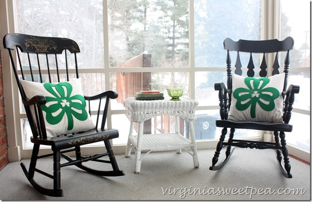 Easy St. Patrick's Day Pillows Using a Dollar Store Supply