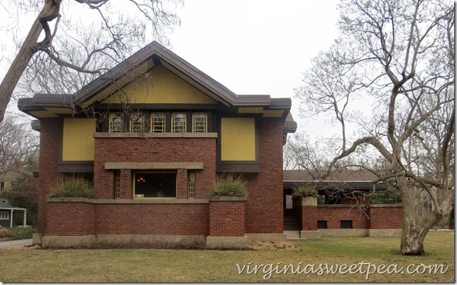frank-lloyd-wright-home-in-chicago