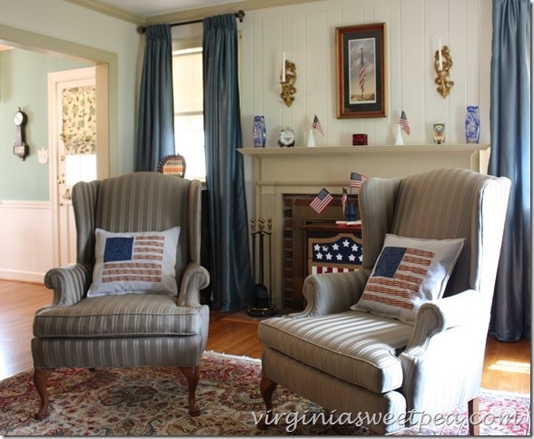 Vintage Inspired Patriotic Mantel and Living Room Decor by virginiasweetpea.com