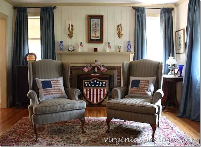 decorating-with-antiques-for-july-4