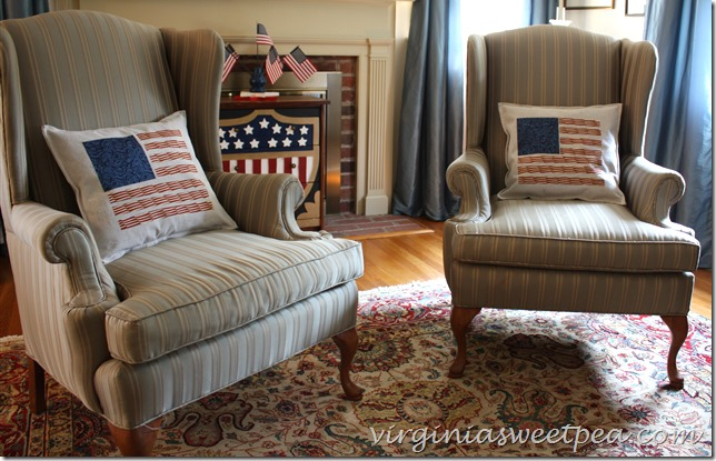 Patriotic Pillows - This is an easy DIY perfect for July 4 decorating.  virginiasweetpea.com