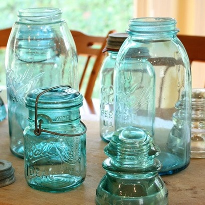 Vintage Ball Jars Used in a Centerpiece