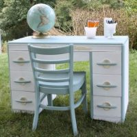 A Harmony House mid-century desk discovered at Goodwill gets a pretty makeover with paint. virginiasweetpea.com