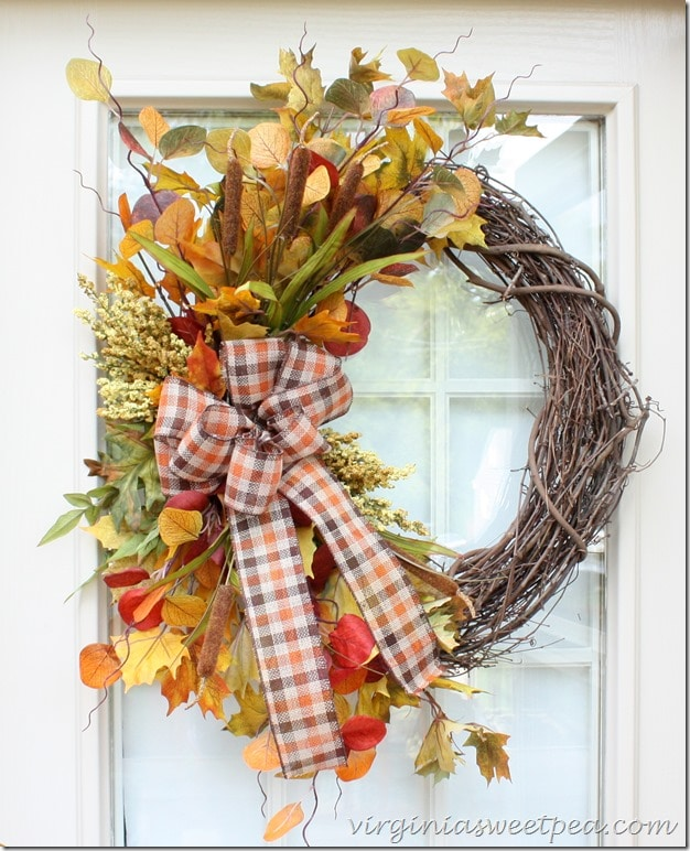 fall-wreath-for-the-deck