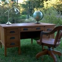 Vintage Teacher's Desk Makeover