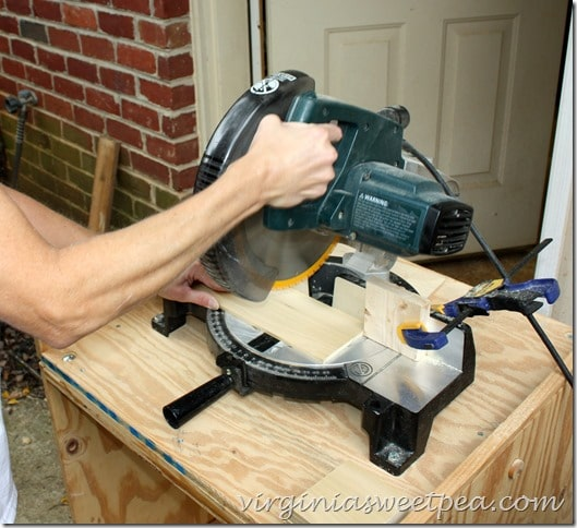 Use a Compound Miter Saw