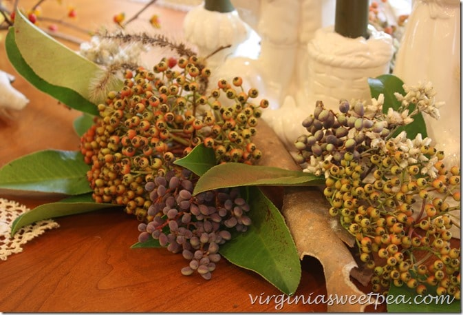 Fall Berries from Nature Used in a Thanksgiving Centerpiece