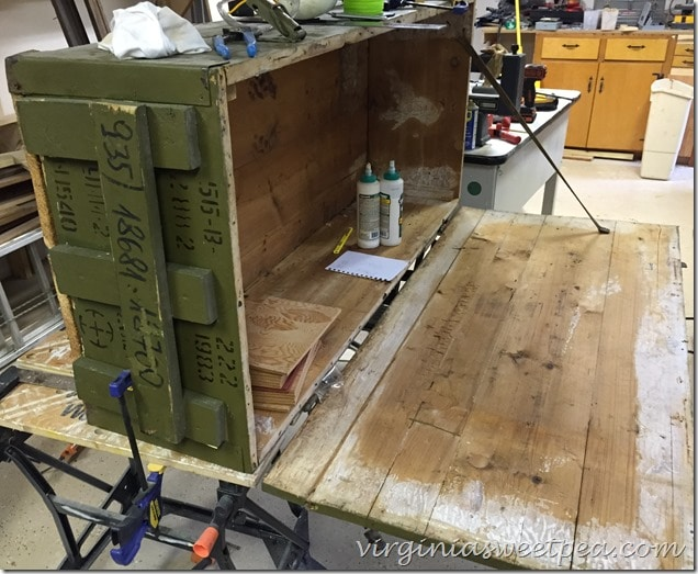 Russian Rifle Storage Crate - Inside