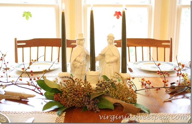 Thanksgiving Centerpiece with Vintage Pilgrims