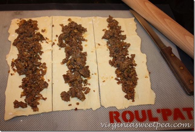 Sausage Roll Appetizer - Easy and so Good!
