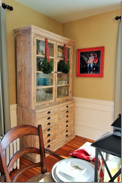 Farmhouse Style Dining Room Decorated for Christmas.
