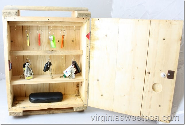 Rustic Key Organizer Made from a Crate - Get the tutorial at virginiasweetpea.com.