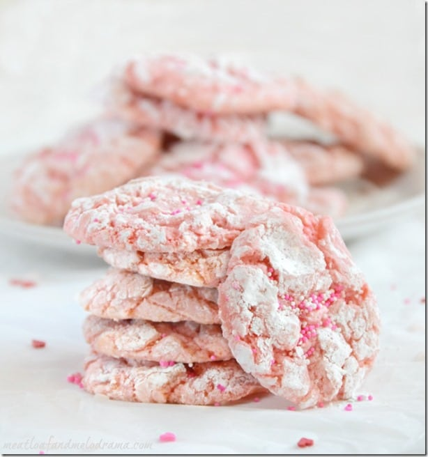 strawberry-cake-mix-crinkle-cookies