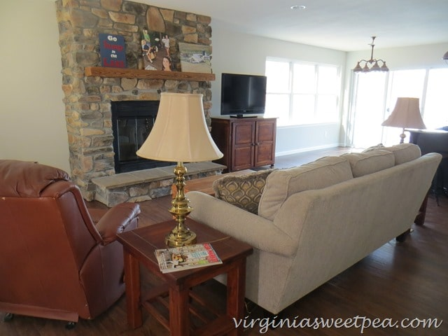 Smith Mountain Lake House Living Room