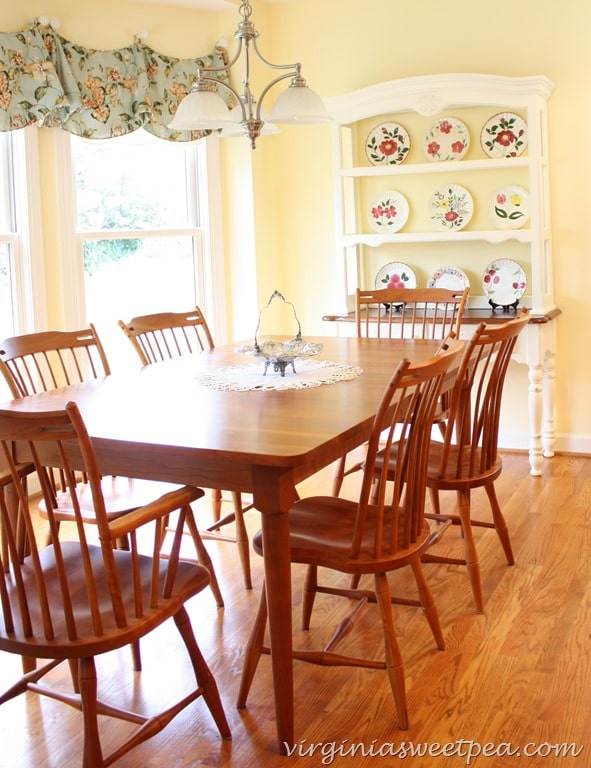 Farmhouse Style Hutch Makeover in My Kitchen