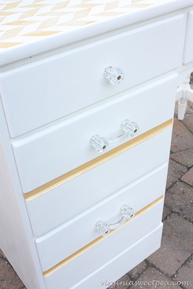 Clear Glass Pulls and Knobs on a Desk Makeover.