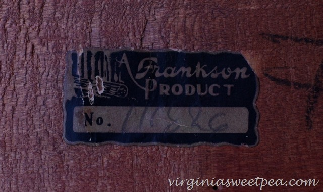 "Tag on Shelf ""A Frankson Product"""