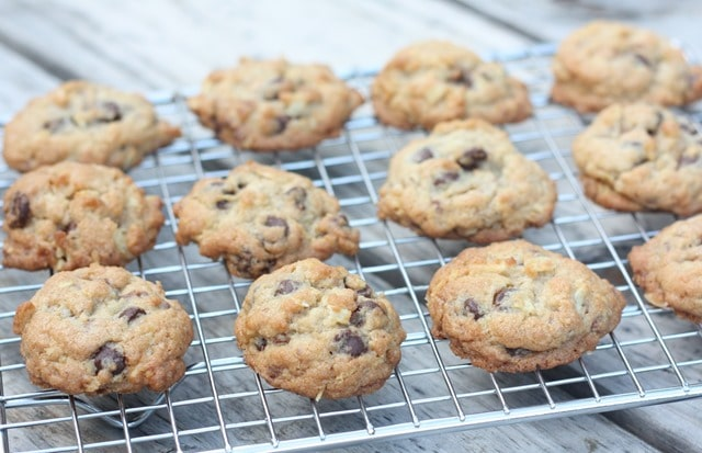 Chocolate Chip Toffee Potato Chip Cookies - This is a great recipe! virginiasweetpea.com