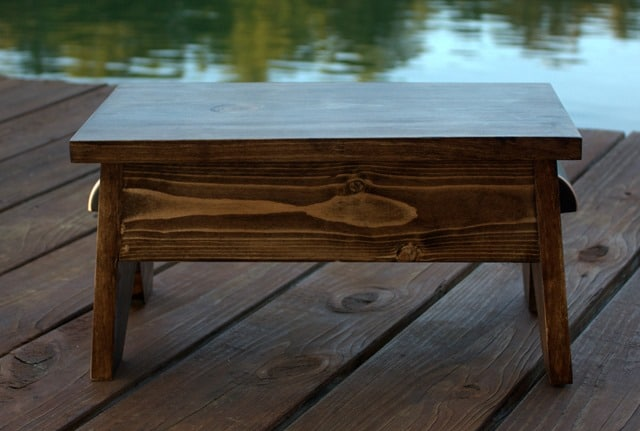 How to Make a Wooden Footstool - Get the plans to make your own! - virginiasweetpea.com